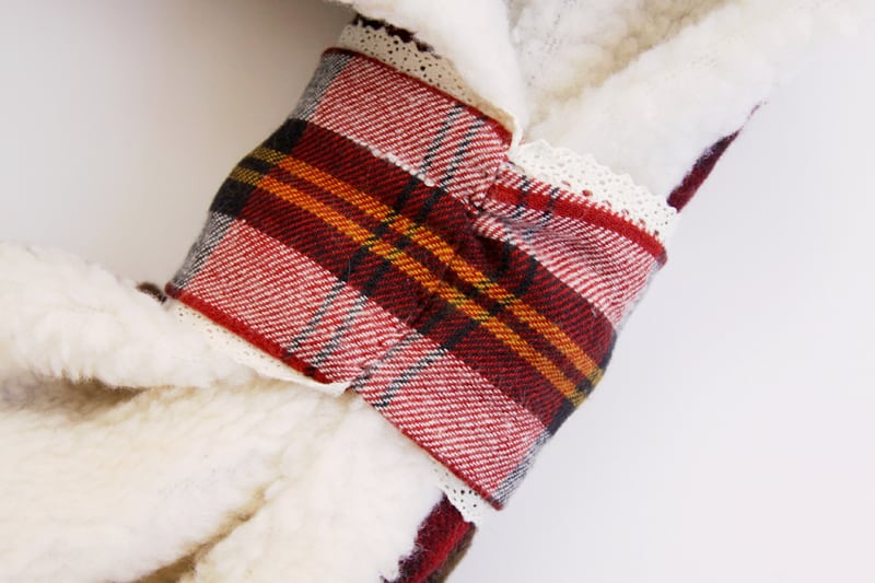plaid-binding-on-scarf