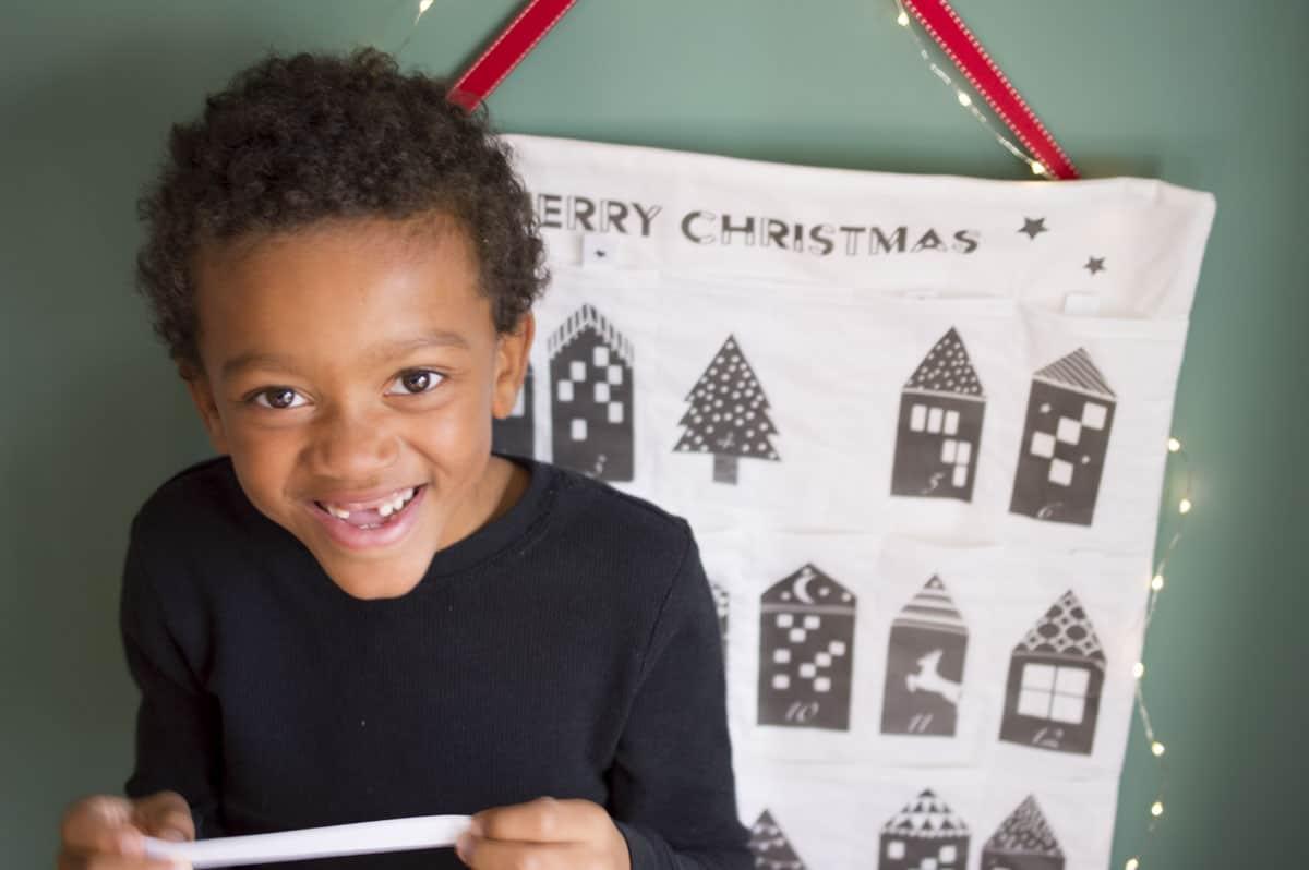 village-advent-calendar-_-designed-by-a-happy-stitch_10