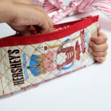 candy-wrapper-zipper-pouch-12