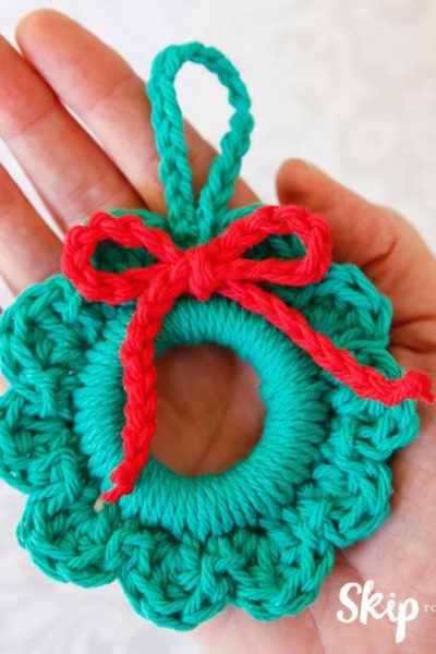 crochet-wreath-ornament pattern