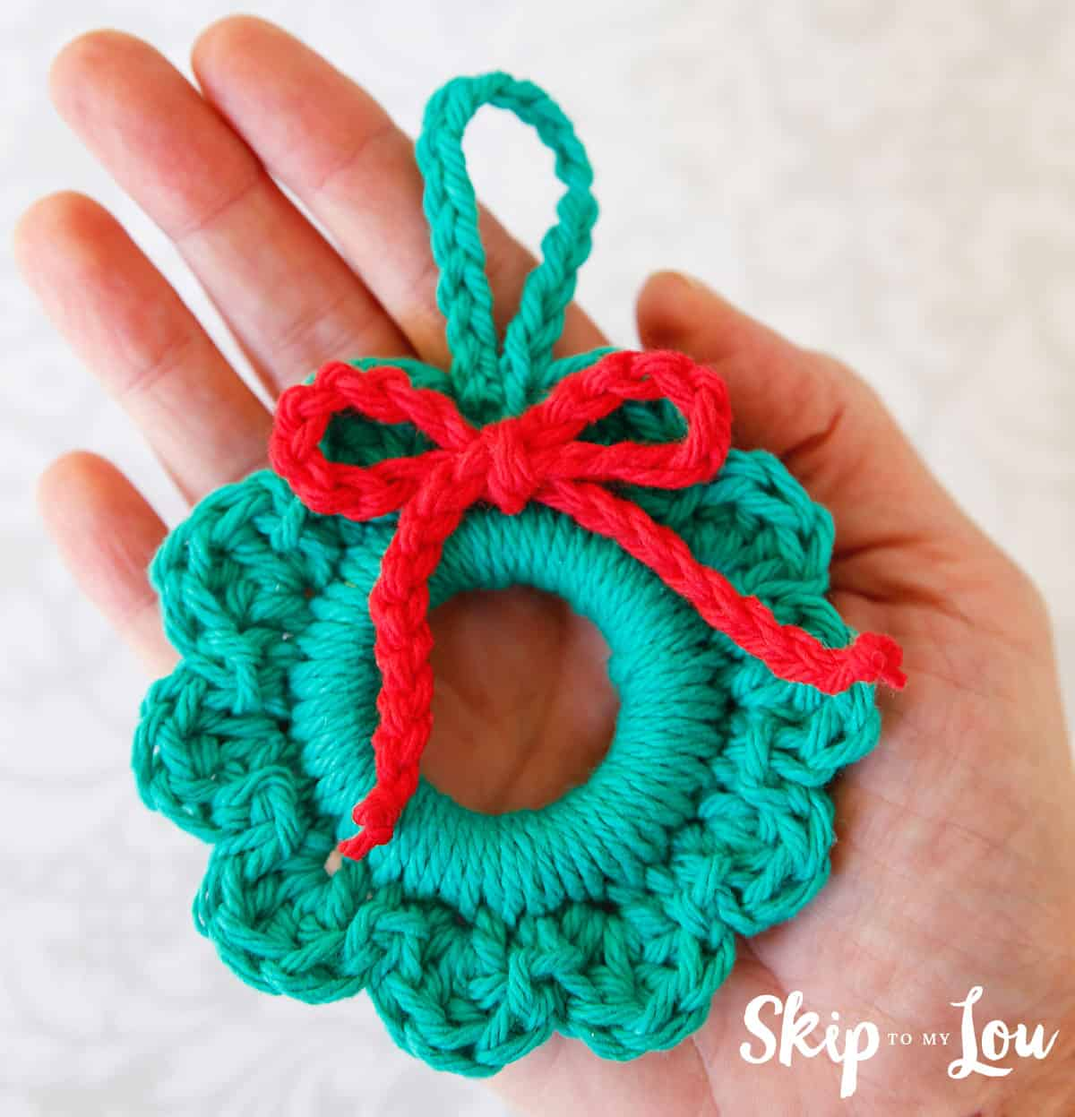 Easy Crochet Wreath Ornament