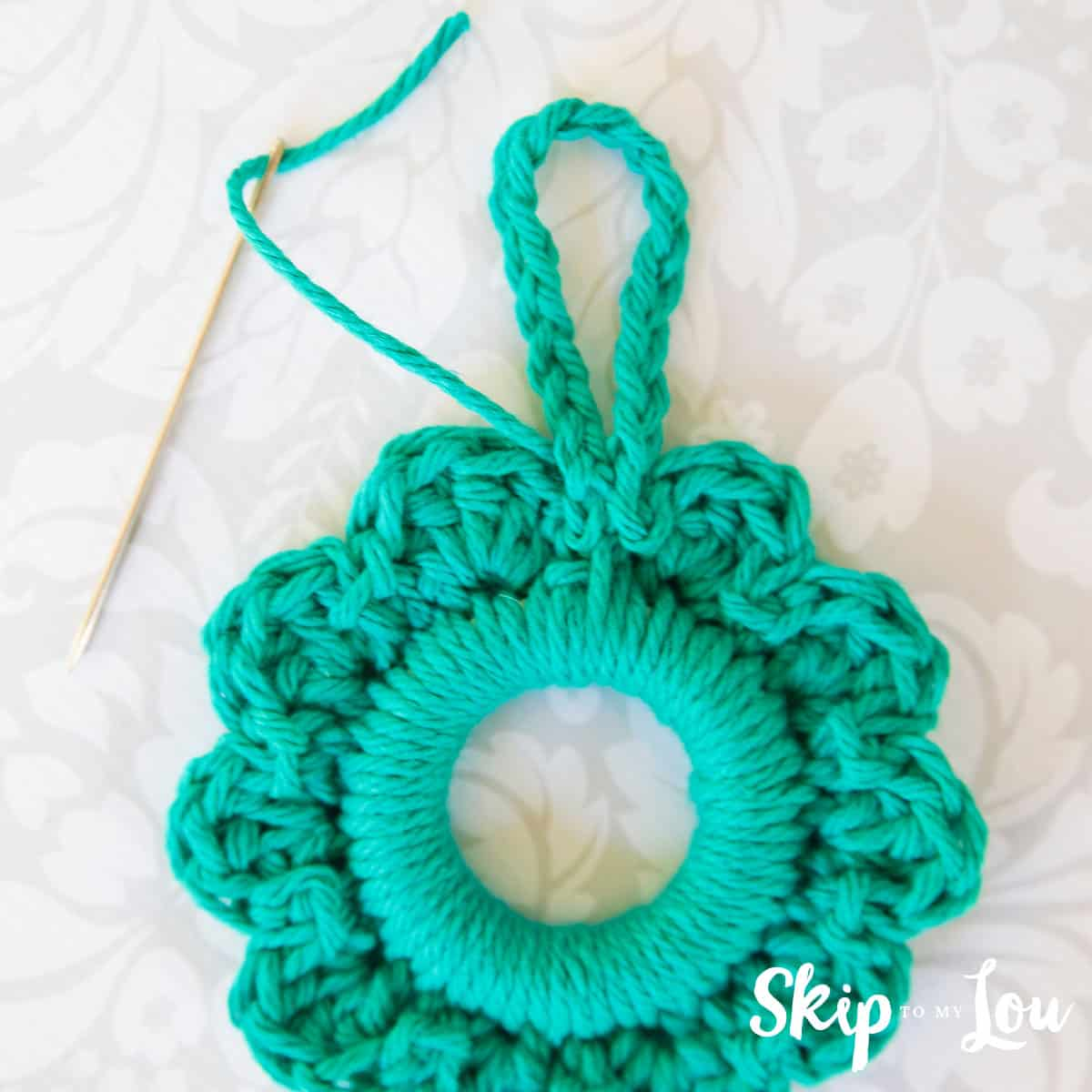 crochet-wreath-pattern-11