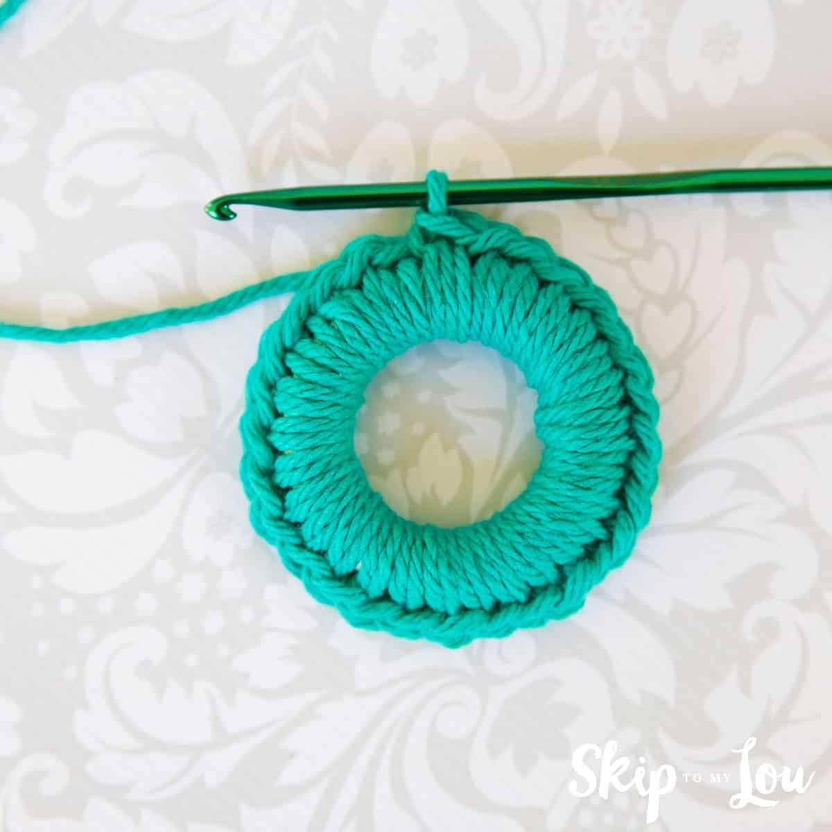 crochet-wreath-pattern-5