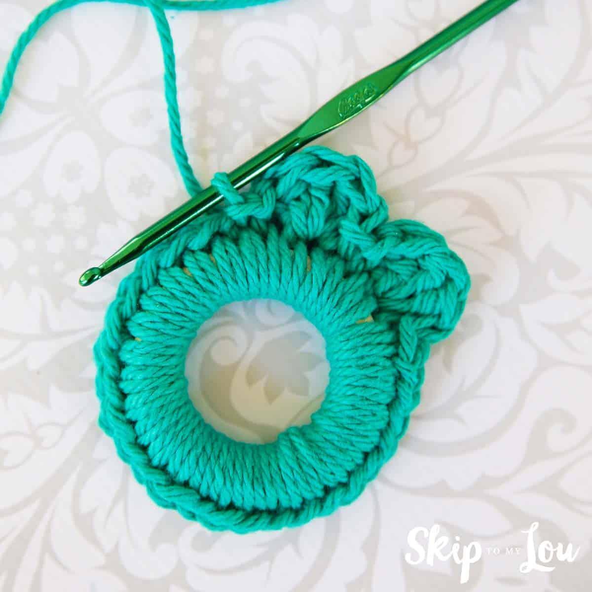 crochet-wreath-pattern-8