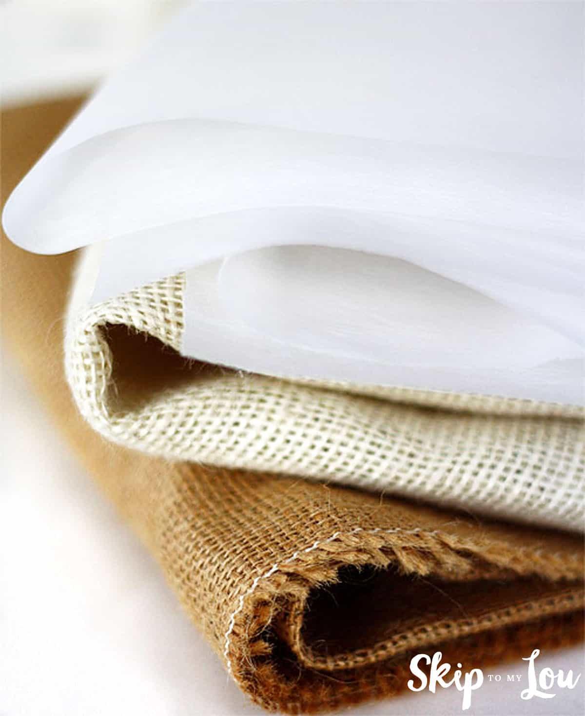 printed-burlap-bag-supplies