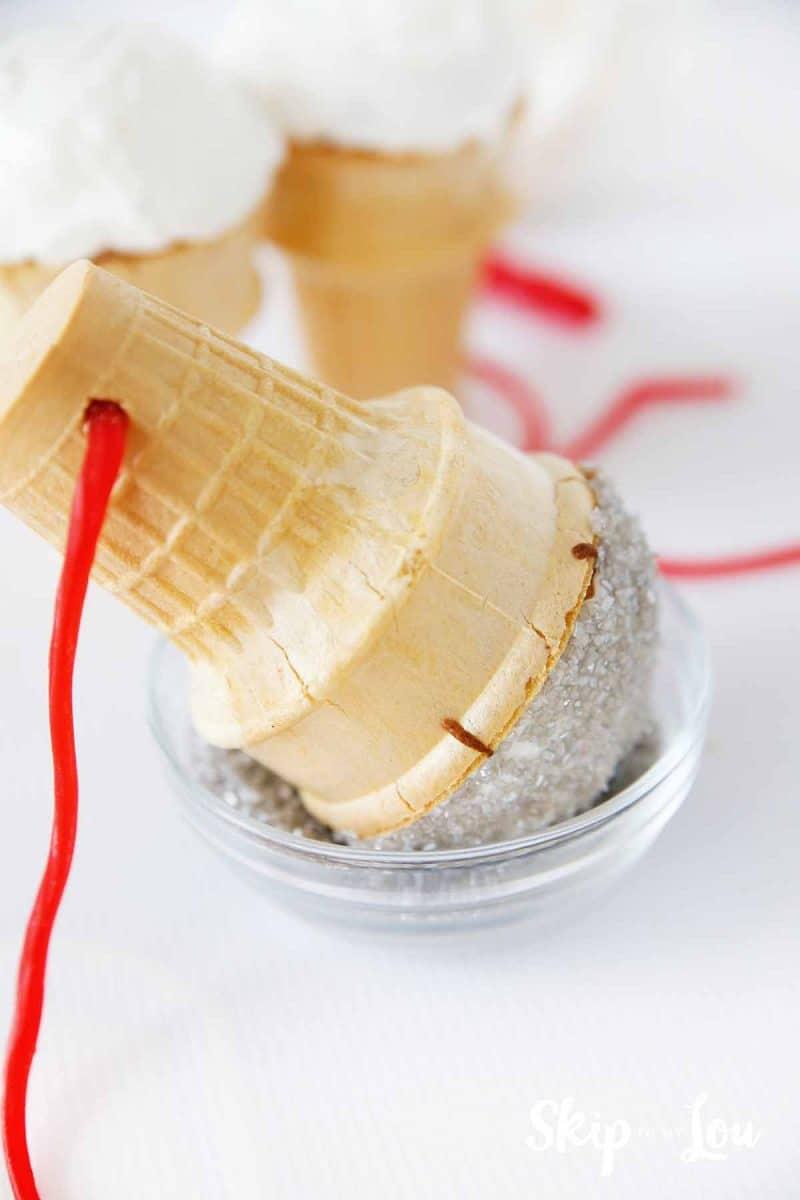 micrphone cupcakes sprinkles