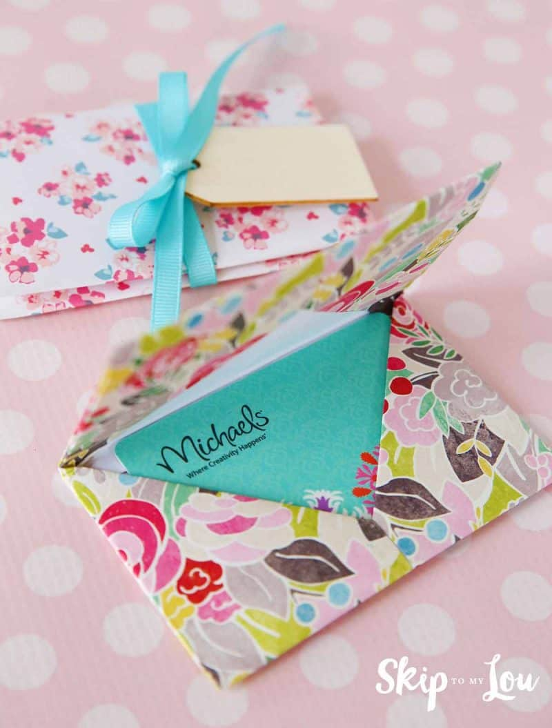 Diy origami gift card holder the perfect way to give a gift card a diy origami gift card holder negle