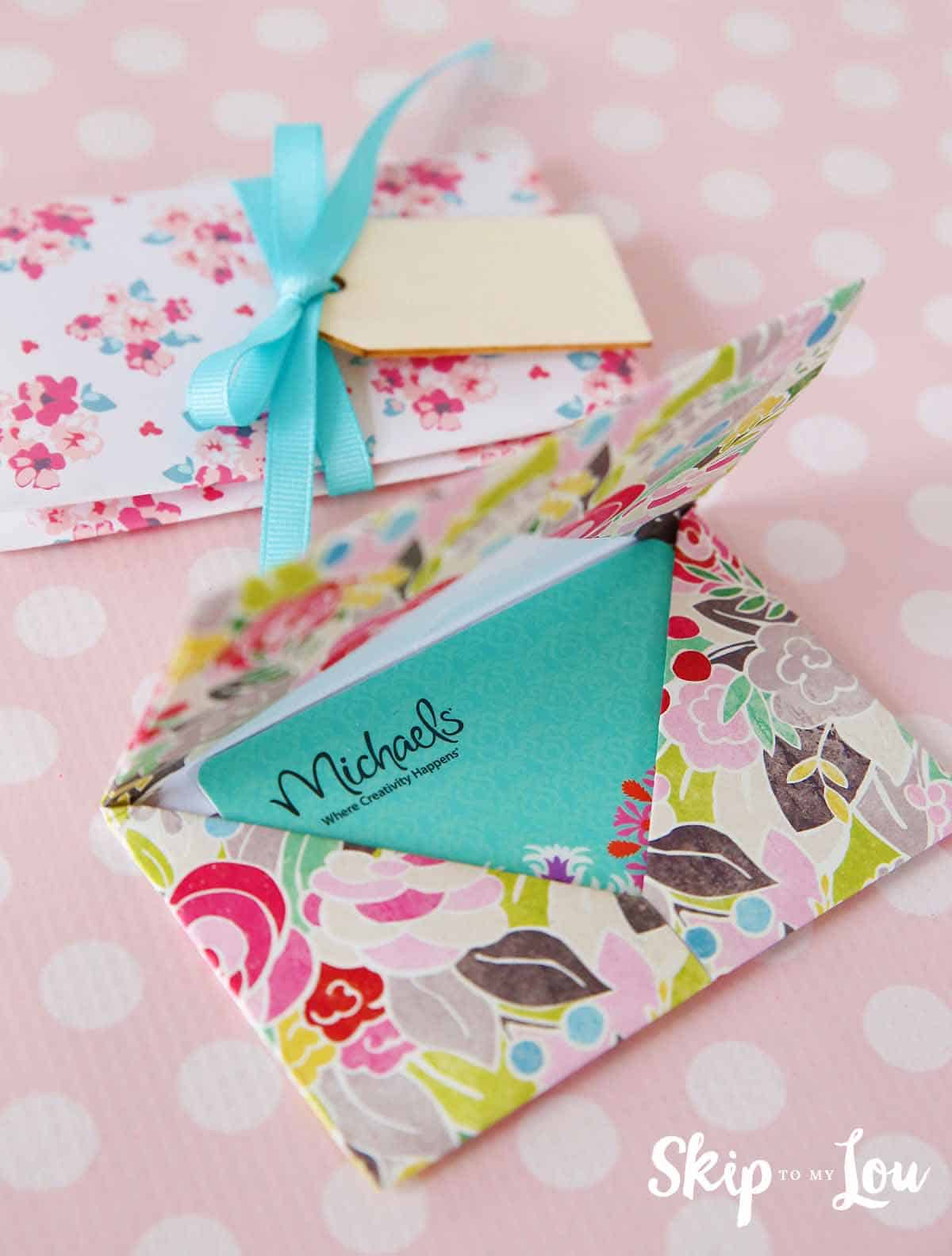 DIY Origami Gift Card Holder the perfect way to give a ... - photo#41