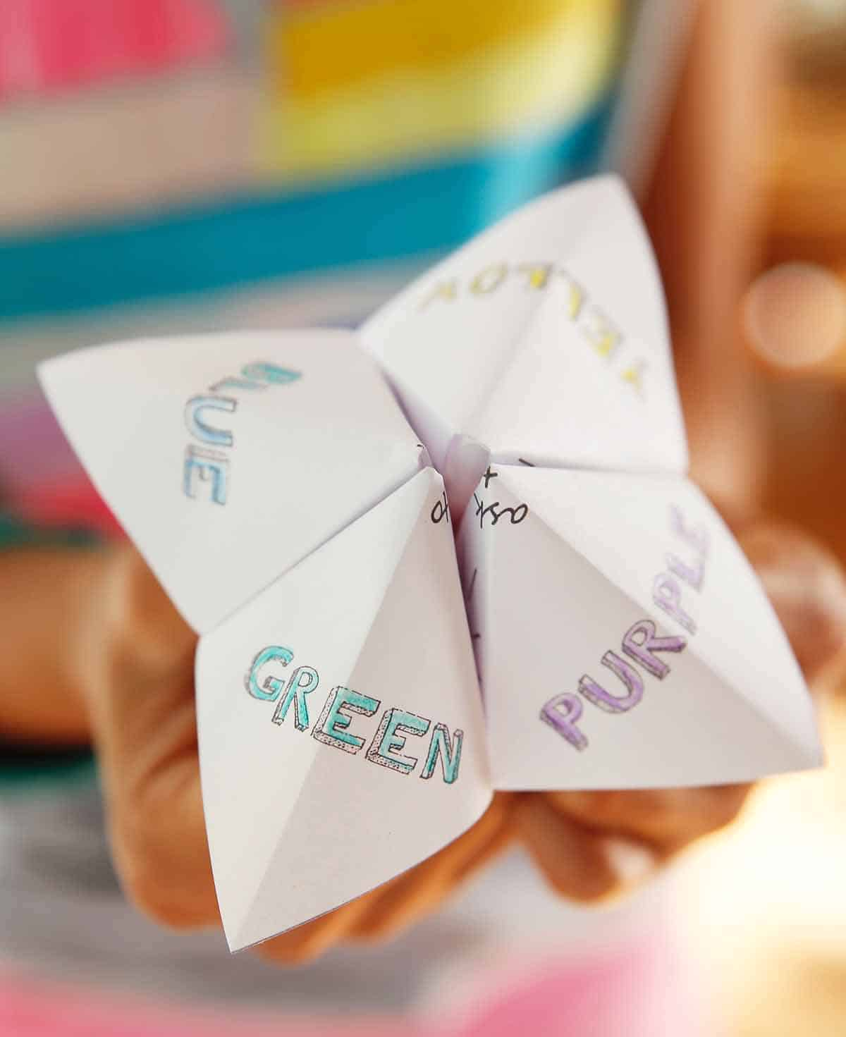 Printable paper fortune teller to keep the kids busy at your wedding!