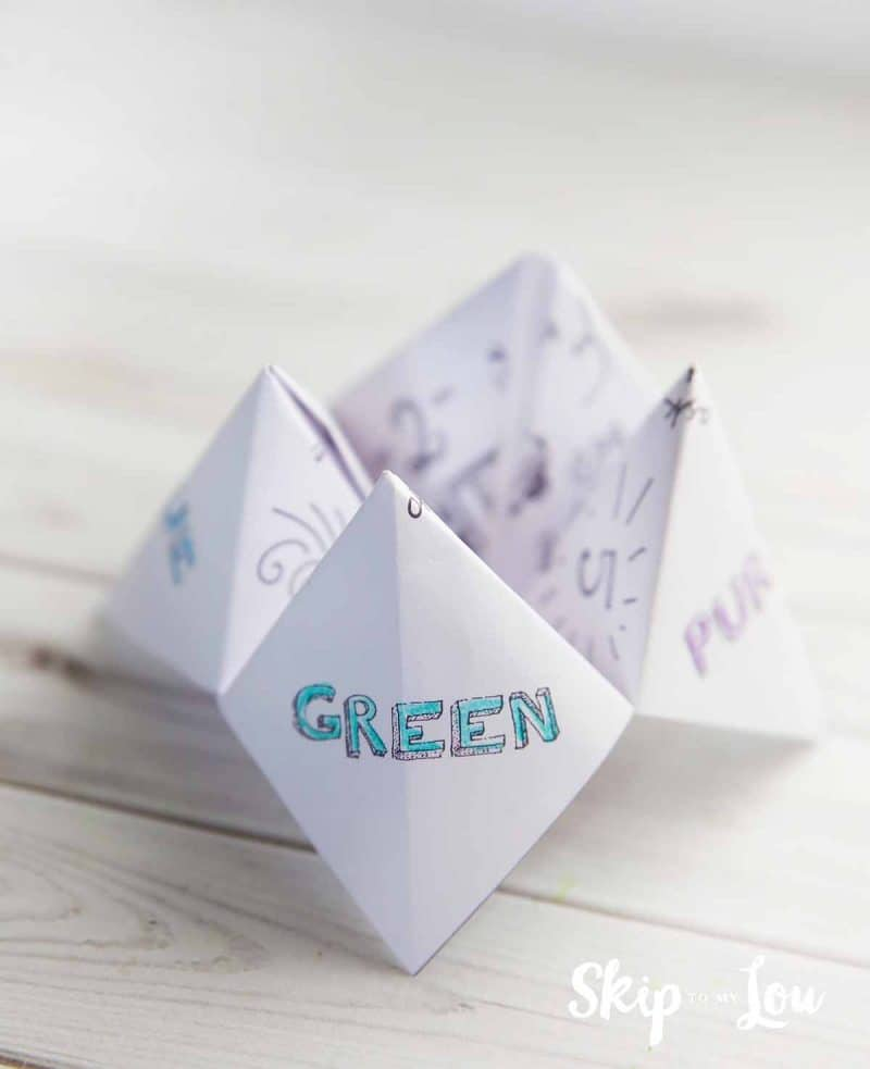 printable paper fortune teller to keep the kids busy at your wedding. Black Bedroom Furniture Sets. Home Design Ideas