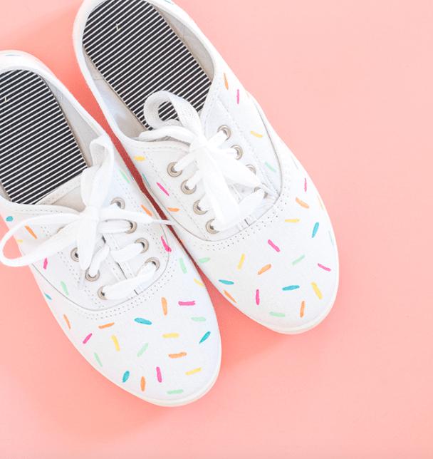 DIY: Sneakers | Manolo