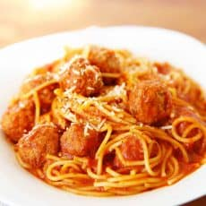 spaghetti and meatballs in the instant pot