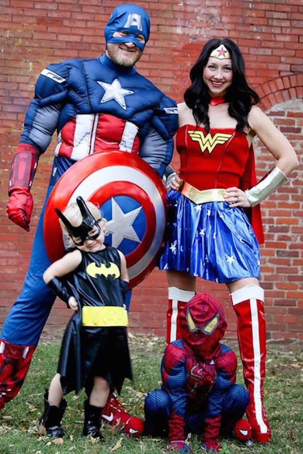 20 Diy Family Halloween Costumes Skip To My Lou