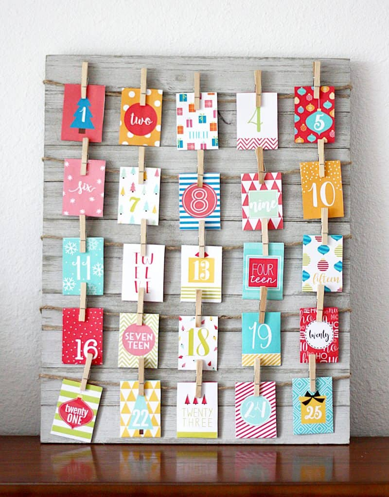 paper and clothespin Christmas countdown
