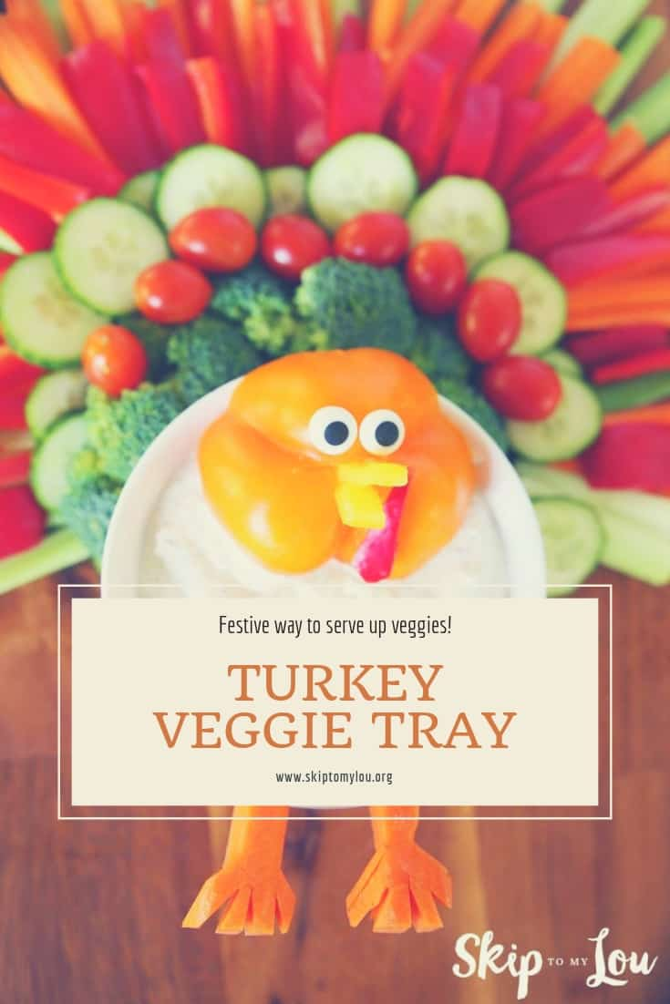 You will want to eat more veggies with this Turkey Veggie Tray! There is also a Christmas Tree Veggie Tray idea! Put together the veggies and serve with the best homemade ranch dip recipe. It is the perfect way to eat your veggies!  #Thanksgiving #food