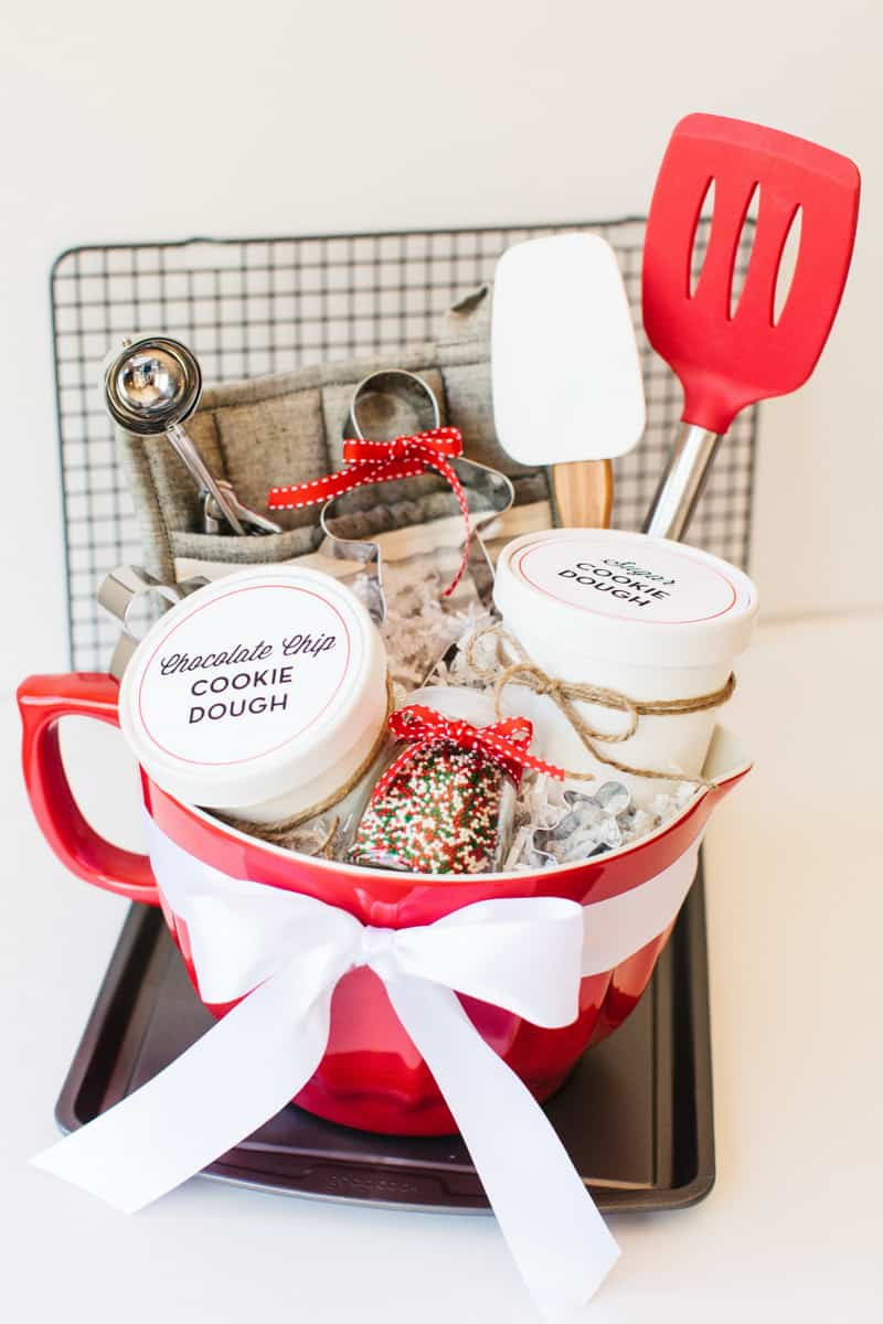 The BEST Gift Baskets that everyone will love! | Skip To My Lou