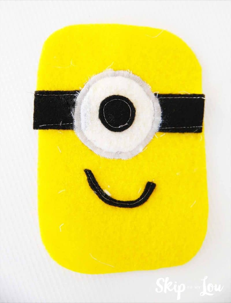 how to sew minion handwarmer