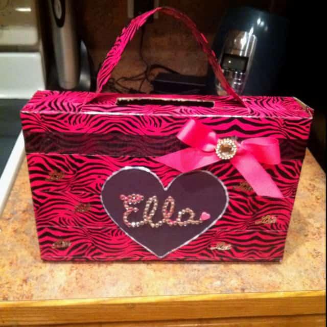 box turned into a purse
