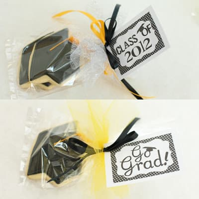 graduation cookies wrapped in cello bag with printable tag