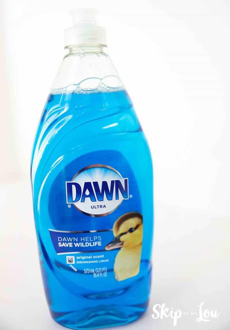 Dawn dishwashing detergent