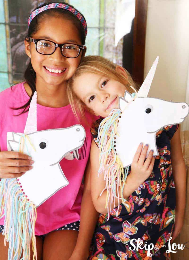Unicorn stick horse DIY