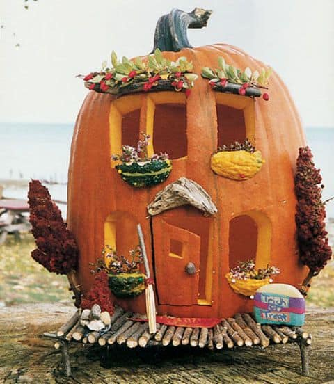 pumpkin that looks like a house