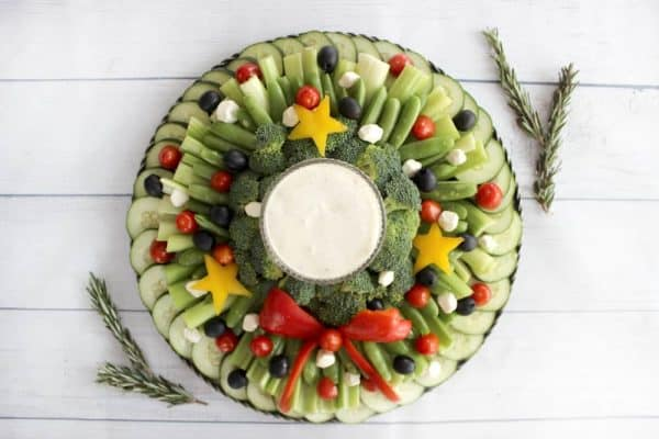 veggies in shape of wreath