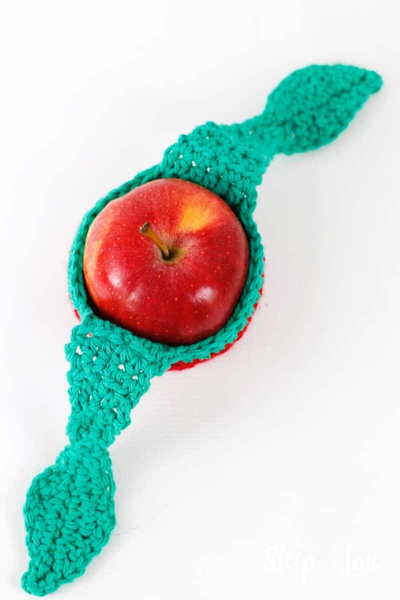 apple with open apple cozy