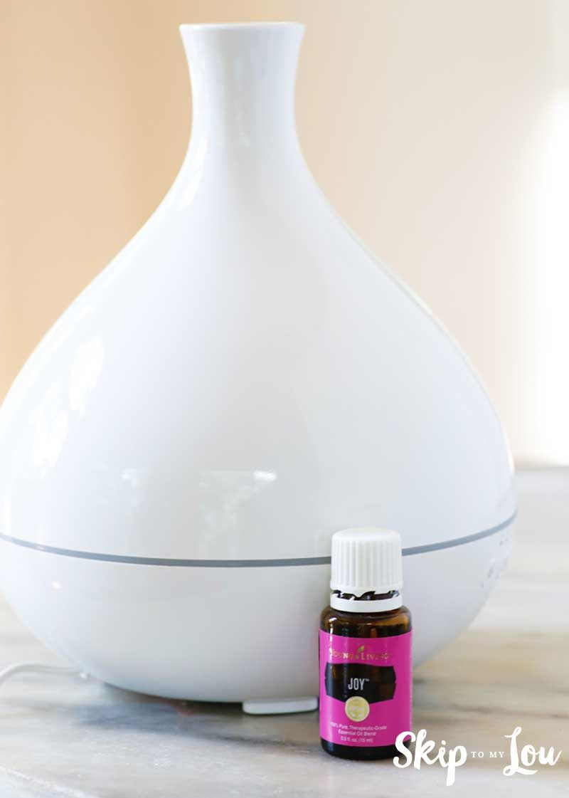 white essential oil diffuser Amazon