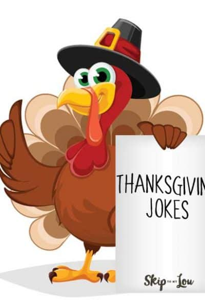 cartoonturkey holding board that says thanksgiving jokes
