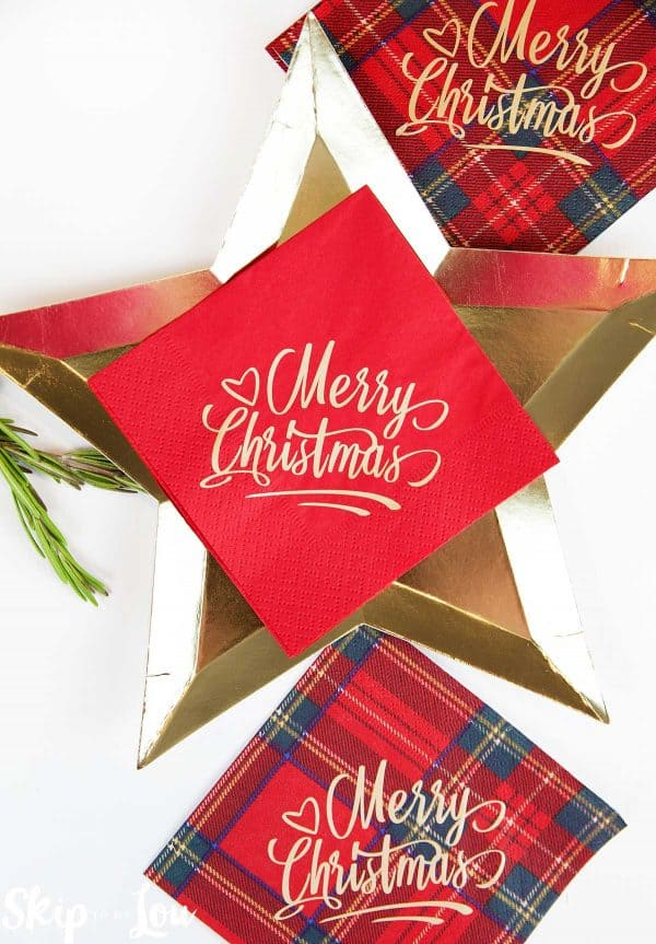 custom merry christmas napkins on star plate