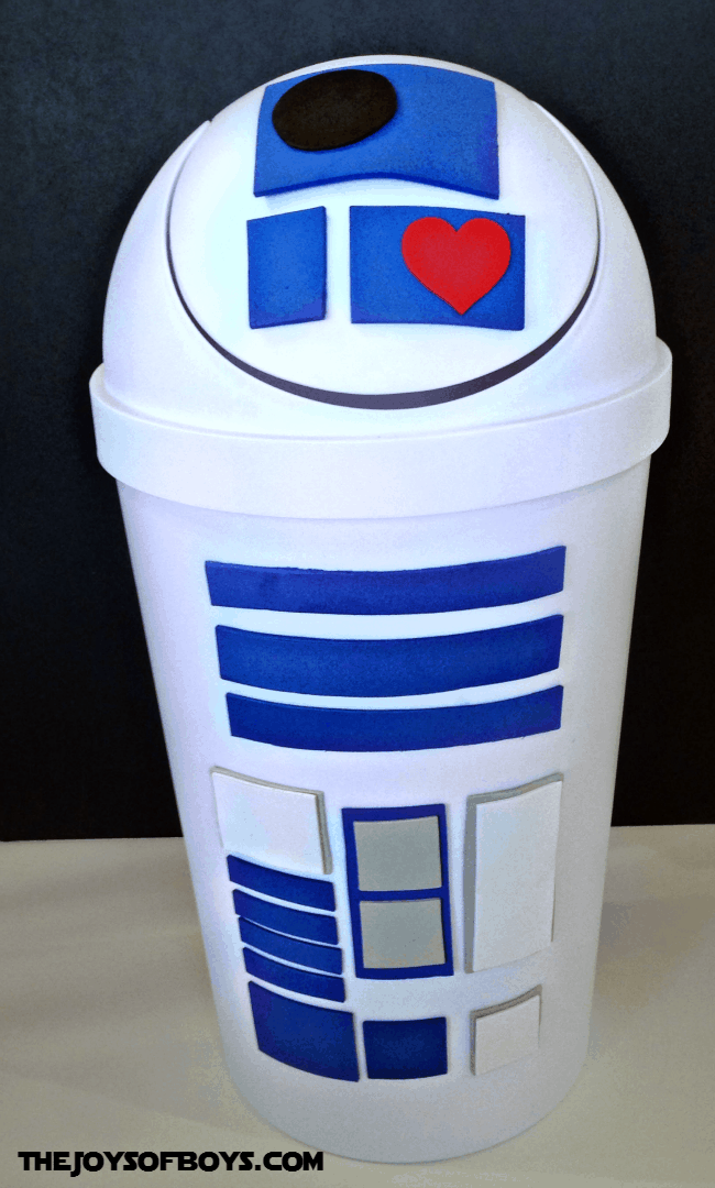 R2d2 from white swing lid trash can
