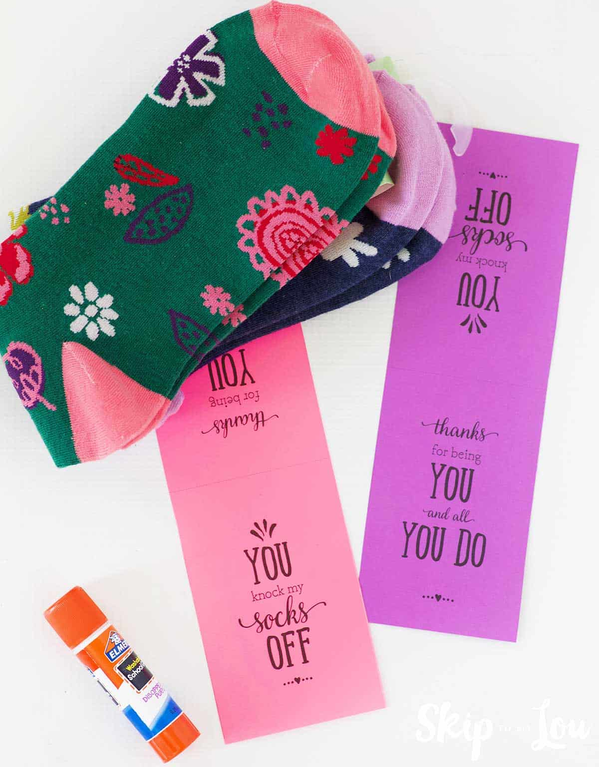 socks printable tags glue stick