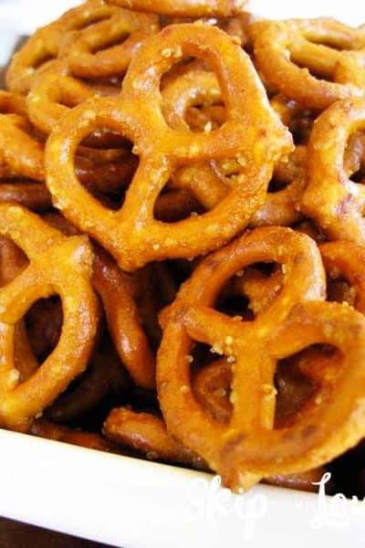 crunchy honey mustard glazed pretzels