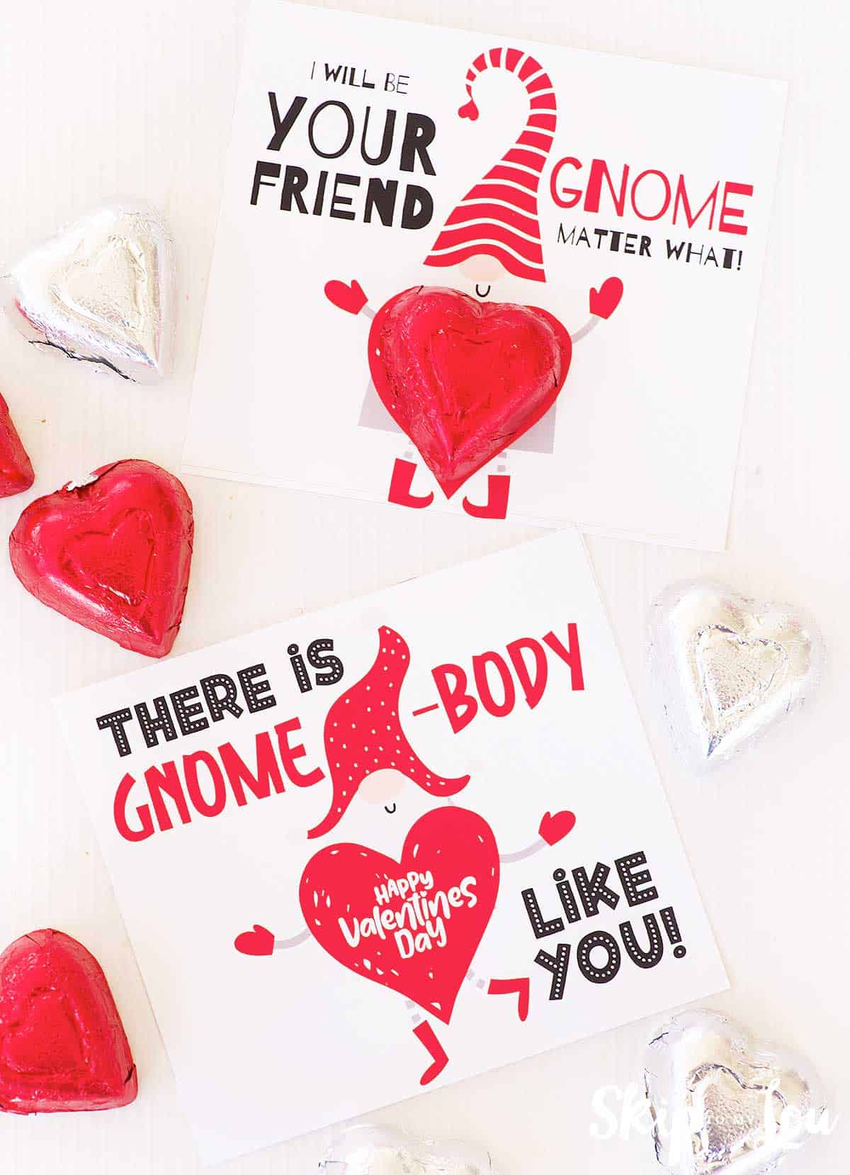 two gnome valentines without candy heart says happy valentine day