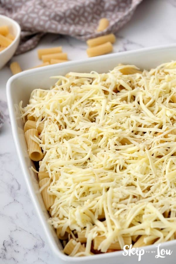 casserole has a layer of meat sauce, penne pasta and layer of mozzarella cheese